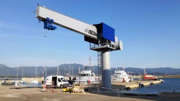 Ascom Bootskran 16 t mit 12m Ausleger