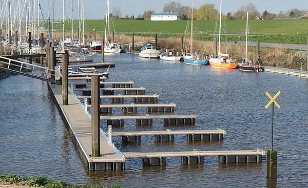 Schwimmsteganlage in Brunsbüttel