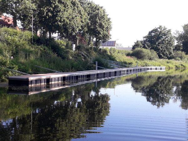 Schwimmsteg Stolzenau an der Weser